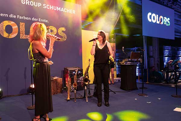 Group Schumacher Firmenjubiläum Band Street Life