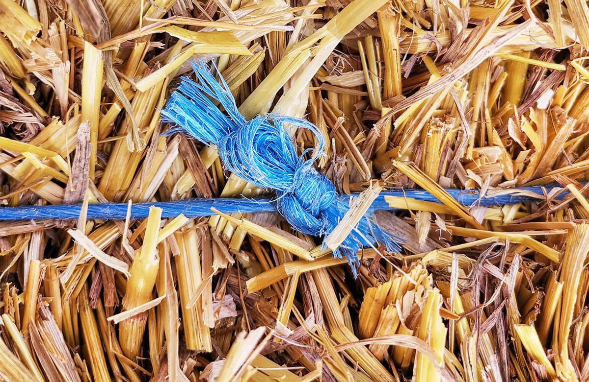 Hybrid knots Deering system